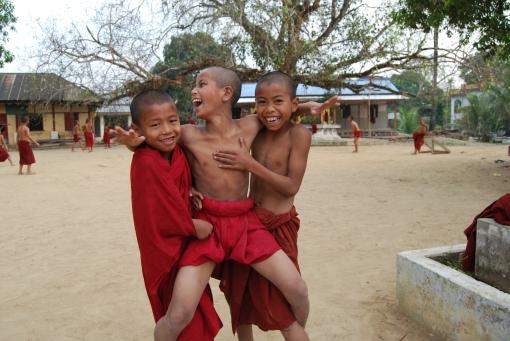 Burmese children playing
