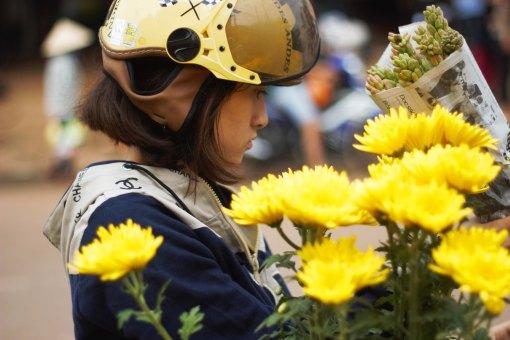 Tet flower shopping