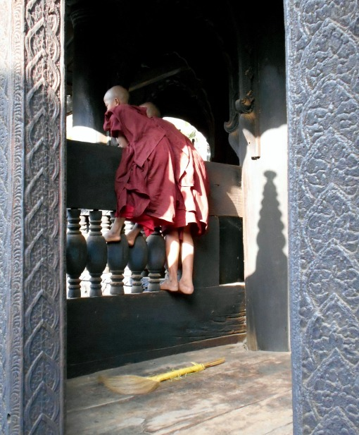 Friendly monks