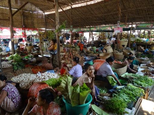 Market in Bhamo